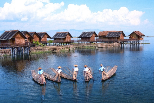 10 most beautiful places in southeast asia for Best places to visit in the southeast