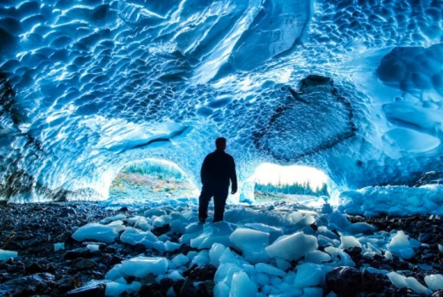 Ice Caves, Washington