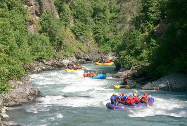 Top 7 River Rafting Destinations In The U S