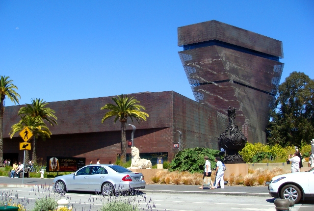 The De Young Fine Arts Museum