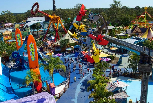 Best Theme Parks In Austraila TraveltourXPcom - 10 best water parks in the world