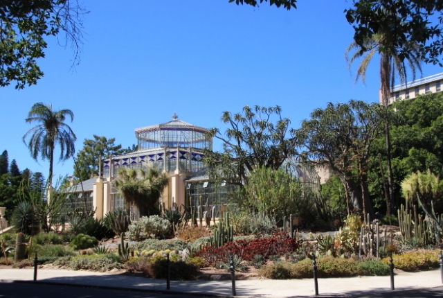 Enjoy The Exception Beauty Of Adelaide Botanic Gardens