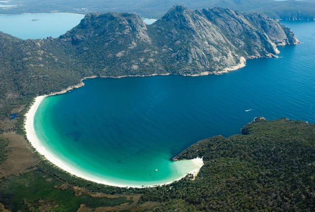 The Ultimate Wineglass Bay