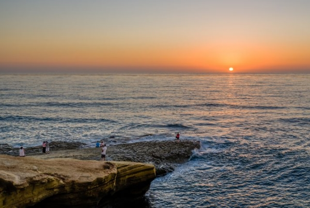 View Sunset At Sunset Cliffs Natural Park