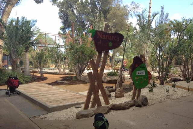 Visit The Awesome Adelaide Zoo