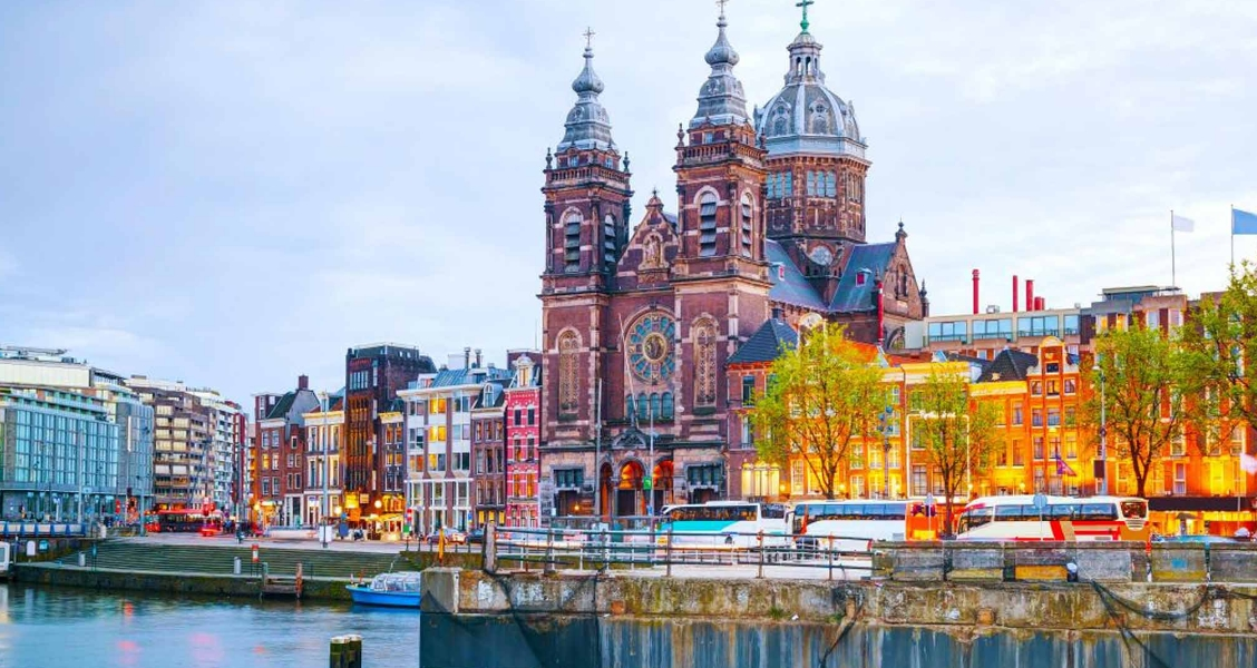 Places To See In Amsterdam
