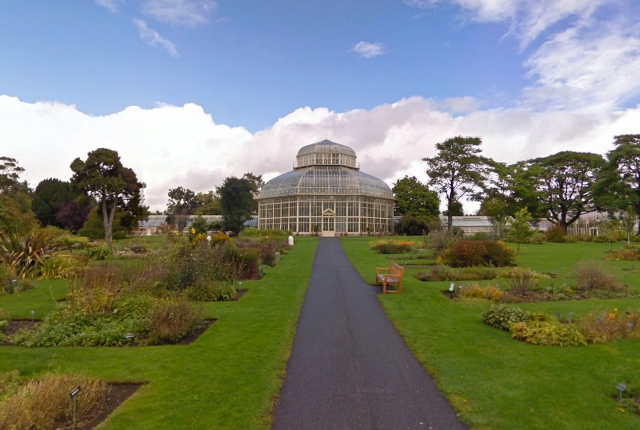 See Plants And Ponds In The National Botanic Gardens