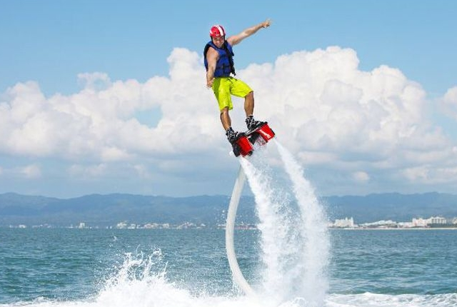 water-jetpacks-and-flyboarding