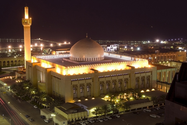 be-mesmerized-by-the-splendour-of-grand-mosque