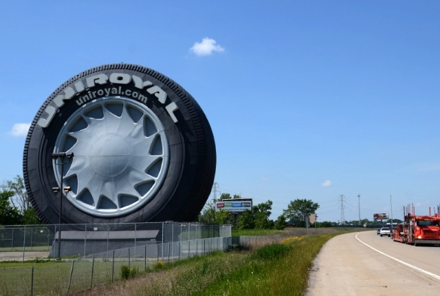 the-giant-tire-detroit