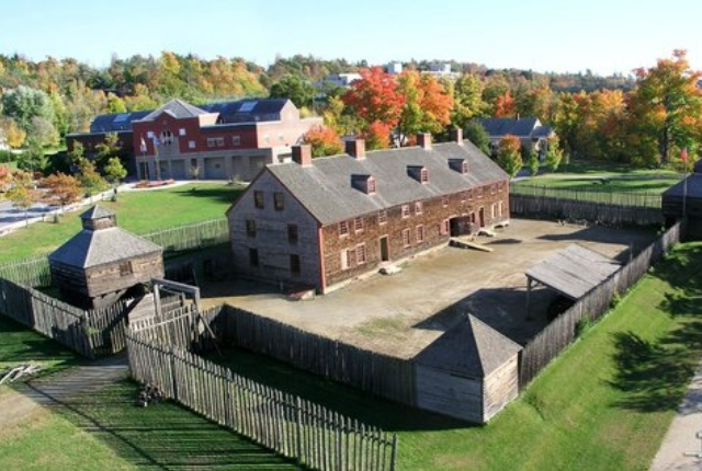the-old-fort-western-museum-on-the-kennebec