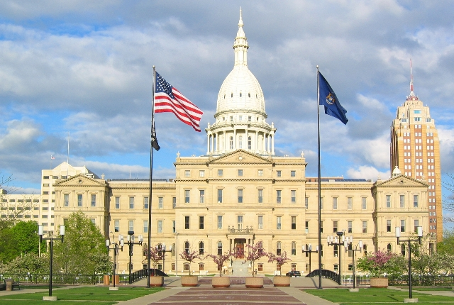 the-state-capitol-building-lansing