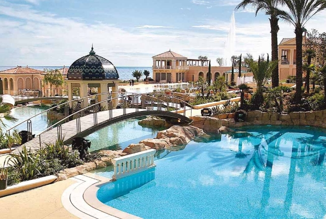 the-stunning-monte-carlo-bay-hotel-and-resort