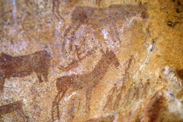 ancient-cave-art-nsangwini
