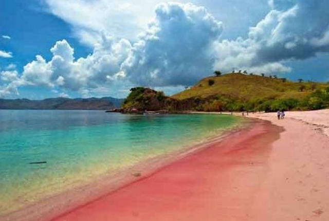 tangsi-beach-lombok-indonesia