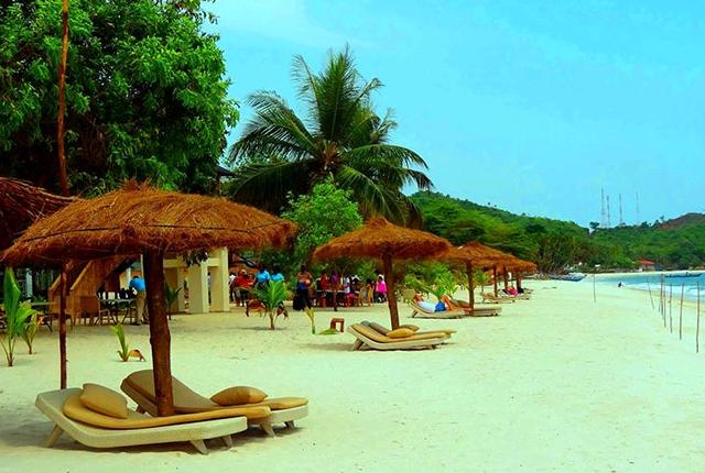 tokeh-beach