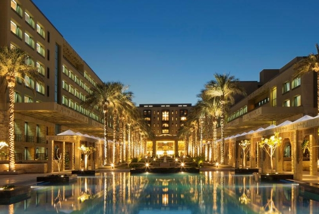 The Luxe, Jumeirah Messilah Beach Hotel And Spa