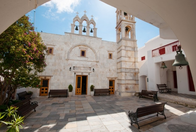 visit-the-monastery-of-panagia-tourliani