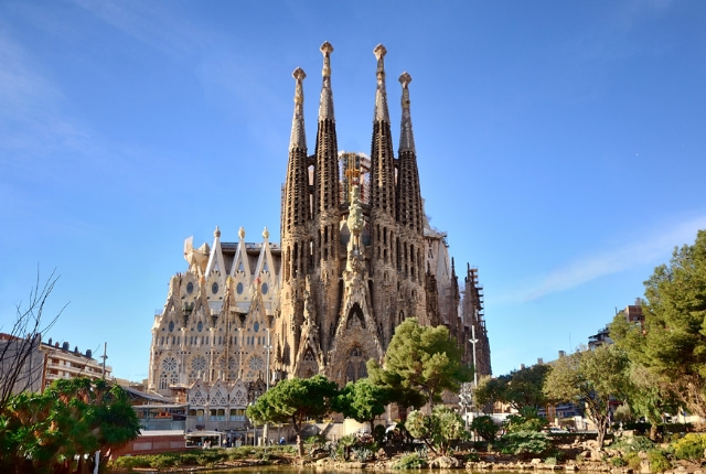 Sagrada Fimilia, Spain