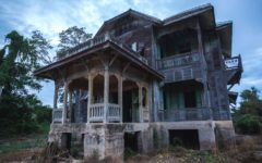 scary-haunted-hotels-in-the-world