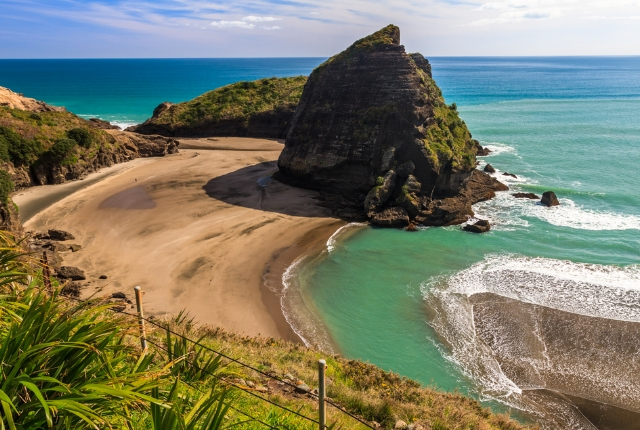 The Scenic, Piha Beach, West Auckland