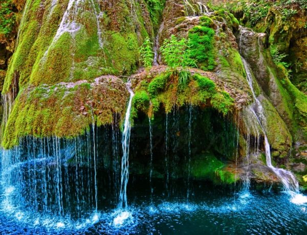 7 Most Naturally Surreal Places In The World