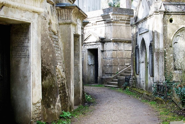 Highgate Cemetery, UK