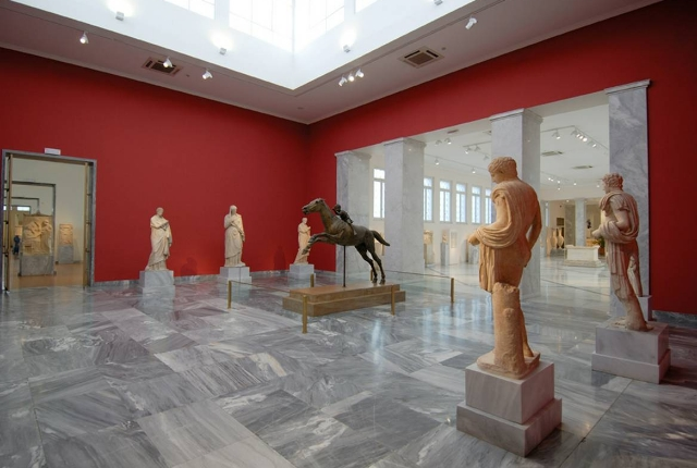 Learn History At National Archaeological Museum