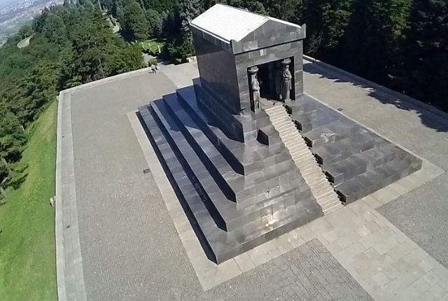 Monument To An Unknown Soldier, Mount Avala