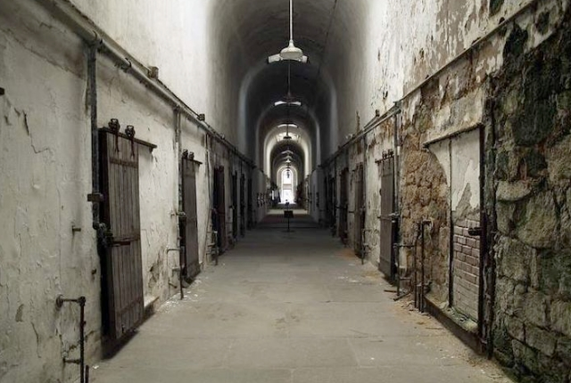 Shiver In Horror In State Penitentiary Museum