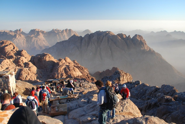 http://www.traveltourxp.com/wp-content/uploads/2017/05/Mount-Sinai.jpg