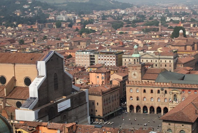 Top Refreshing Things to do and Experience in Bologna