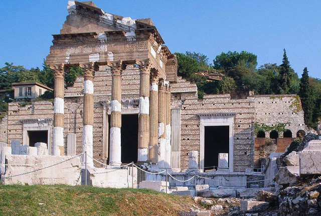 Do Not Miss The Roman Temple