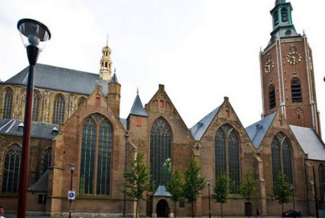 Spend Some Quiet Time At Grote Of Sint Jacobskerk