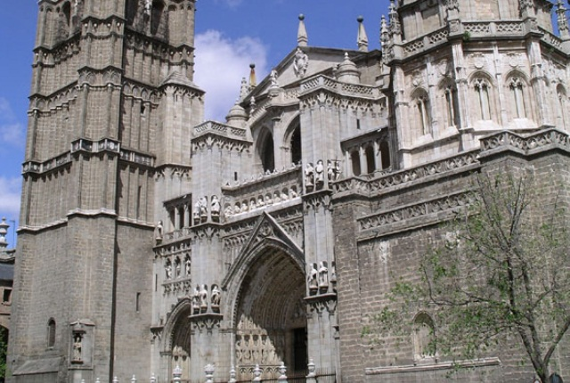 Absorb The Architectural Magnificence Of Toledo Cathedral